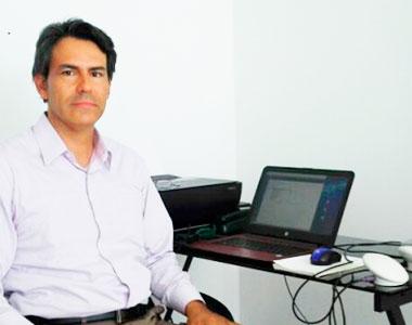 Dr. Alejandro Cardenas
